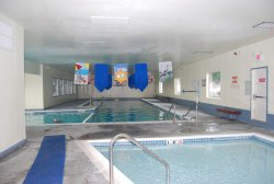 amenities_pool1.jpg